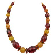 Art Deco Rootbeer and Butterscotch Glass Beaded Necklace