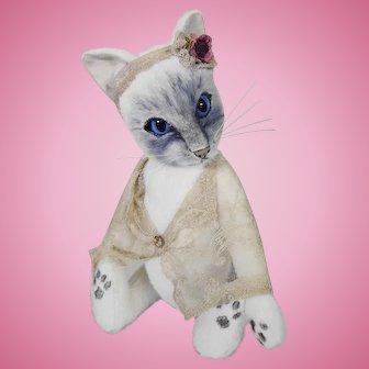 Burlington bearties artist made cat