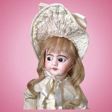 SFBJ Depose French bebe walking doll