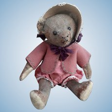 Early Steiff bear with lots of character