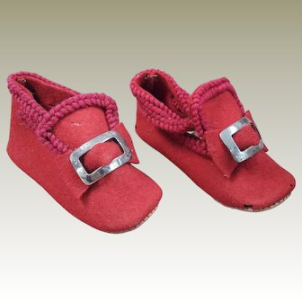 Red felt shoes suitable for large antique doll
