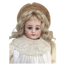 """Early 16"""" Simon and Halbig Kid bodied doll"""