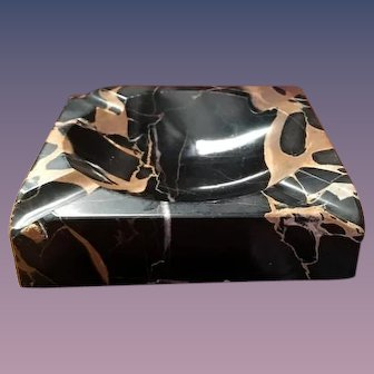 Portoro Marble Ashtray or Vide Poche Veined Black and Gold Early 20 c.