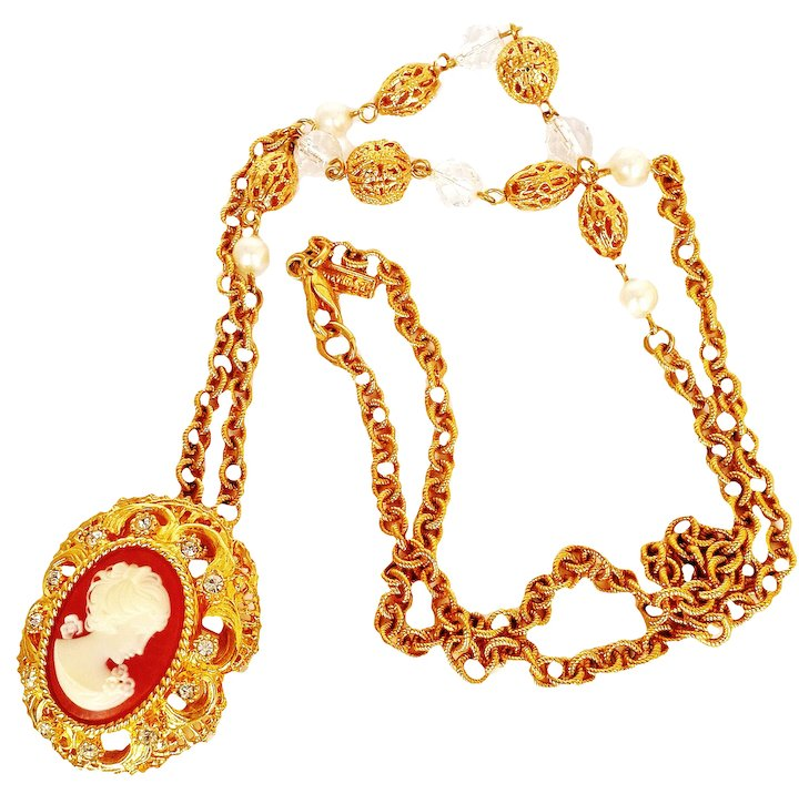 necklace lordandtaylor graziano j pendant main pear givenchy jsp r gold com productdetail zodiac capricorn