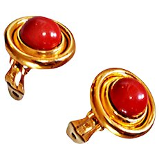 Ciner Classic 1970's  Round Button Earrings Clip On Red Glass Cabochon Signature Clips 18 KT GP