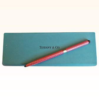 Tiffany & Co.  Elegant Vintage Ball Pen 925 Sterling Silver Pink Enamel Diamond Design Motif
