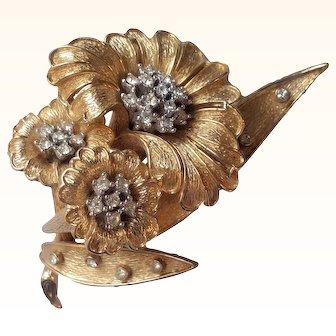 Ciner-   1980's Three Flowers Figural Brooch Florentine Goldwork 18 KT GP Swarovski Crystals
