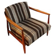 Mid-Century Modern Solid Walnut Lounge Chair