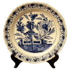 Delft Charger, Late 18th Century