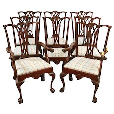 Late 19th Century Colonial Revival Set of 8 Dining Chairs