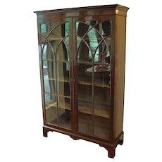 Fine English Mahogany Bookcase, Georgian