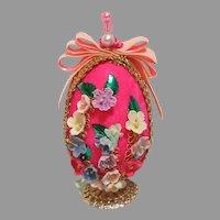 Kitschy Vintage Easter Egg!