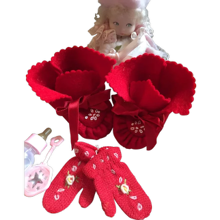 Dy Dee Baby Red Felt Booties & Mittens!  Christmas!