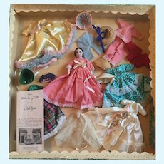 Fabulous Ruth Gibbs Boxed Bride With Trousseau Set!