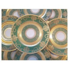 12 Green Gold Encrusted and Gilded Antique H&C Heinrich & Co. Selb Bavaria Ovington Dinner Plates