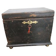 Charming Victorian Table Box / Casket