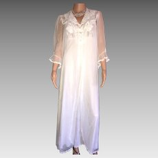 """1990's """"Shadowline"""" White Chiffon/Lace Bridal  Peignoir New w/Tags (Old Stock) SUMMER SALE!!"""