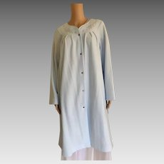 "2001 ""Shadowline "" Cozy Comforts Peri Frost Bathrobe New With Tags (Old Stock)"