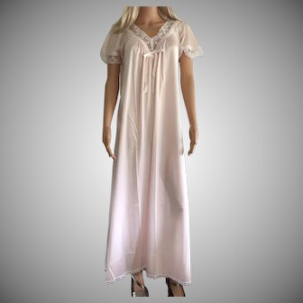 1980 Shadowline Pink Full Length Nightgown New w/Tags (Old Stock )