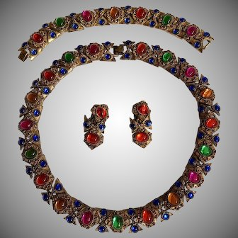 Circa 1940's Extruscan Revival French Gripoix Multi-Color Cabochon Necklace,Bracelet & Earrings Set