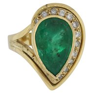 Impressive Pear-Shaped Natural Emerald 18K Lady's Ring with Diamonds