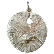 James Avery Retired 14K Gold Frog on Lily Pad Pendant / Charm