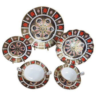 7 Piece Place Setting Of Royal Crown Derby Old Imari 1128