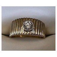 Lady's 18K Yellow Gold VS Diamond Ring