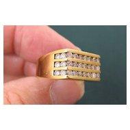 Man's 18K Yellow Gold & VS Diamond Ring