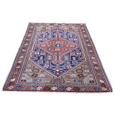 1920s Antique Persian Heriz Pure Wool Hand-Knotted Oriental Rug- 4′2″ × 6′3″