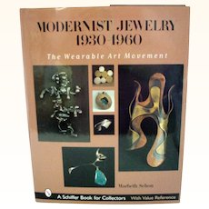 Modernist Jewelry 1930-1960: The Wearable Art Movement Hardcover Book