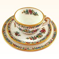 Coalport Miniature Ming Rose Trio