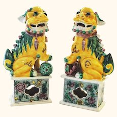 Unique and Beautiful Pair of Vintage Chinese Foo Dogs Famille Jaune or Verte
