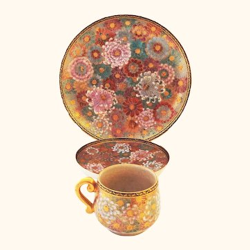 Stunning Vintage Satsuma Chrysanthemum Patterned 3 Piece Cup, Saucer and Plate