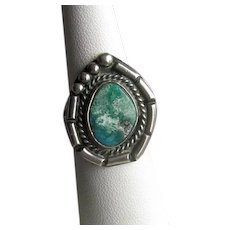 Native American Navaho Silver and Turquoise Ring