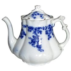 "English Flow Blue ""Rose"" Teapot"