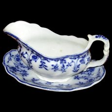 """English Flow Blue Meakin """"Colonial"""" Sauce Boat & Liner"""