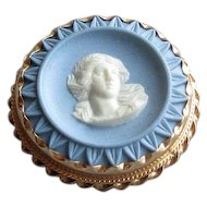 Blue & White Pottery Wedgwood Cameo in 14K Mounting