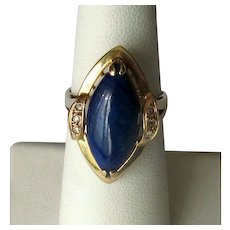 14K Gold Ladies' Ring with Cabochon Lapis Lazuli Stone