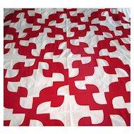 """Vintage Red & White """"Drunkard's Path"""" Quilt Top"""