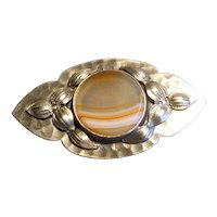 Hammered Sterling Arts & Crafts Banded Agate Pin