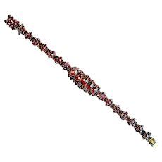 Vintage Gold-Filled Link Bracelet with Garnets