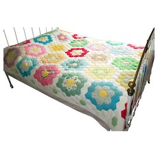 "Vintage ""Grandmother's Flower Garden"" Patchwork Quilt"