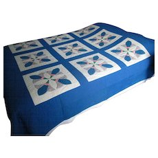 Vintage Applique Quilt with Abstract Floral Design