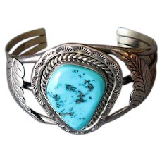 Native American Navaho Silver and Turquoise Cuff Bracelet