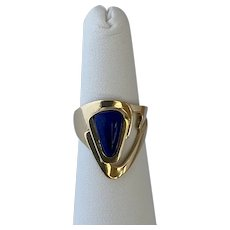 Modernist 14 karat gold and Lapis ring