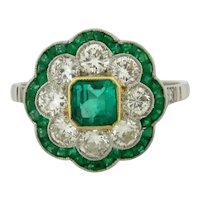 Stunning Vintage Emeralds Diamonds Platinum Flower Design Ring