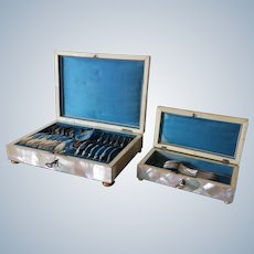 Mother of pearl boxes, set of two, with silver tea spoons and silver mocha spoons, antique Dutch