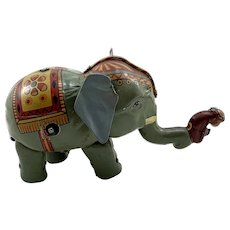 Vintage Tin Wind Up Walking Elephant w Monkey Toy