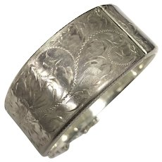 Vintage Hand Engraved Sterling Silver Hinged Bangle Bracelet Signed